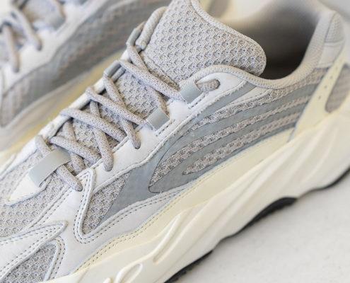adidas-yeezy-boost-700-v2-static-EF2829-4
